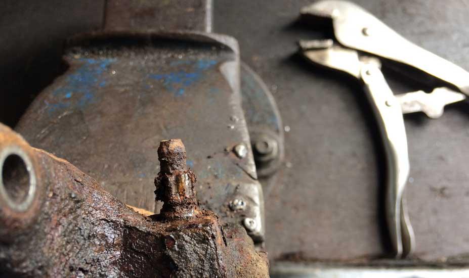 Brake caliper rusty nipple