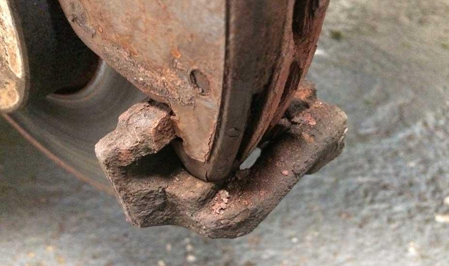 Brake carrier corrosion