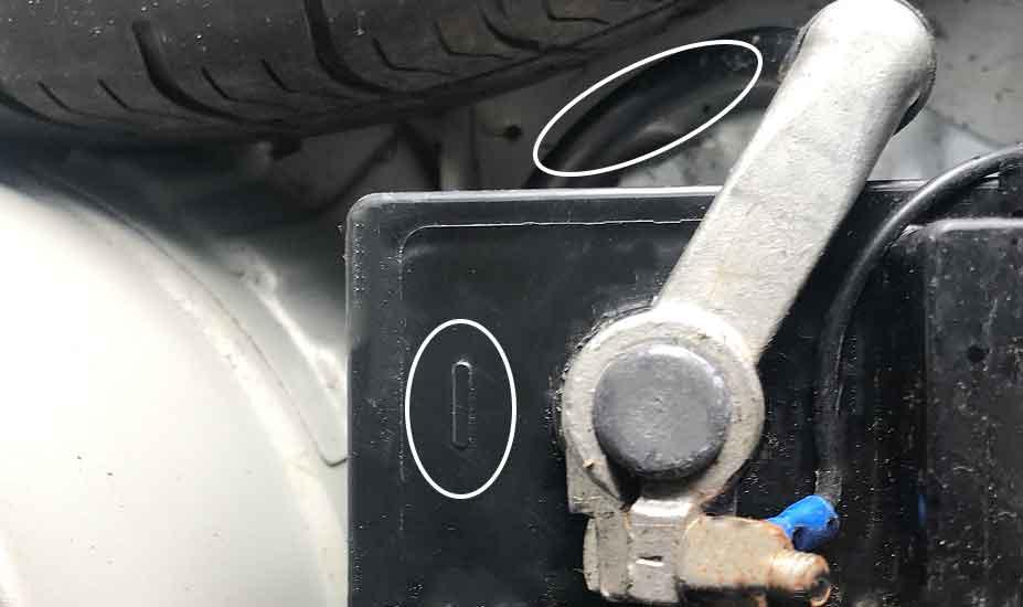 Battery negative terminal
