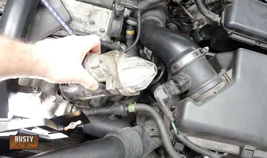 Removing starter motor