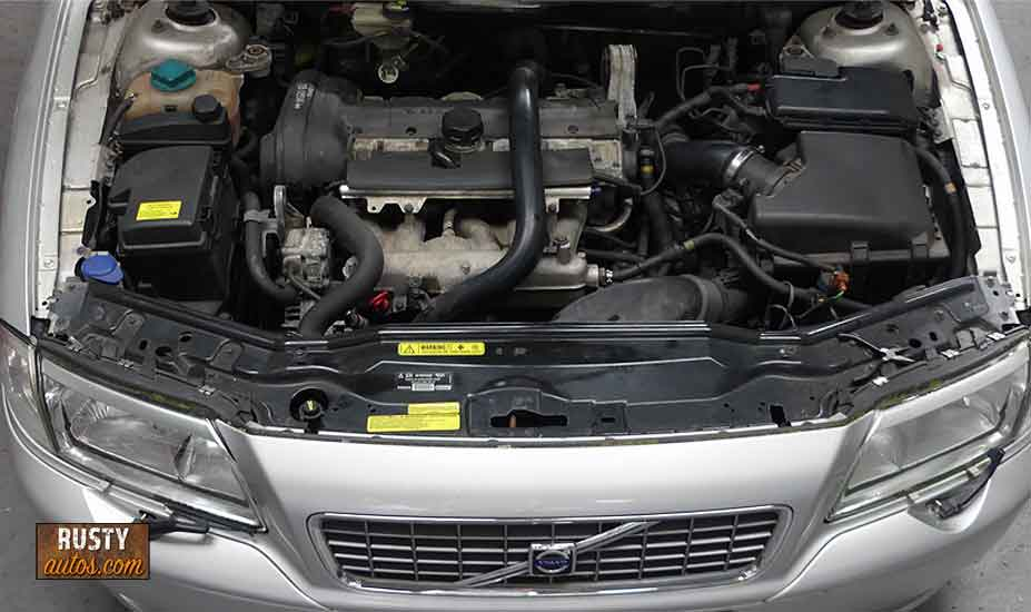 Volvo transverse engine layout
