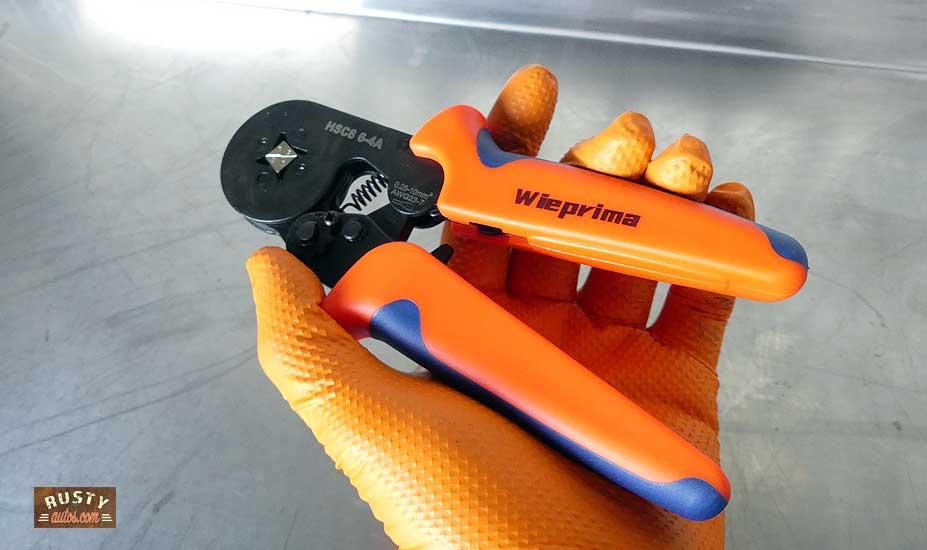 Ferrule crimp tool