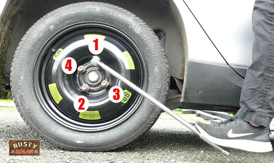 Car wheel stud tightening sequence